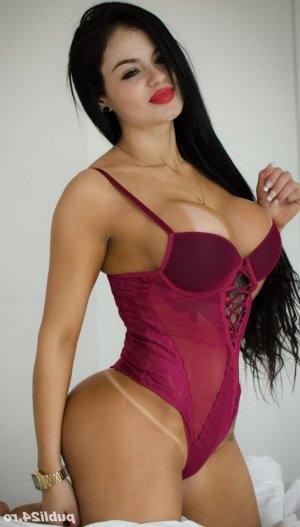 Thamara adult dating in Cocoa Beach